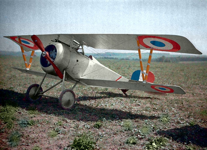 A French fighter plane (c. 1917).